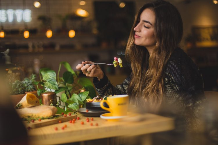 Tasty Sounds: How music affects the taste of food in restaurants